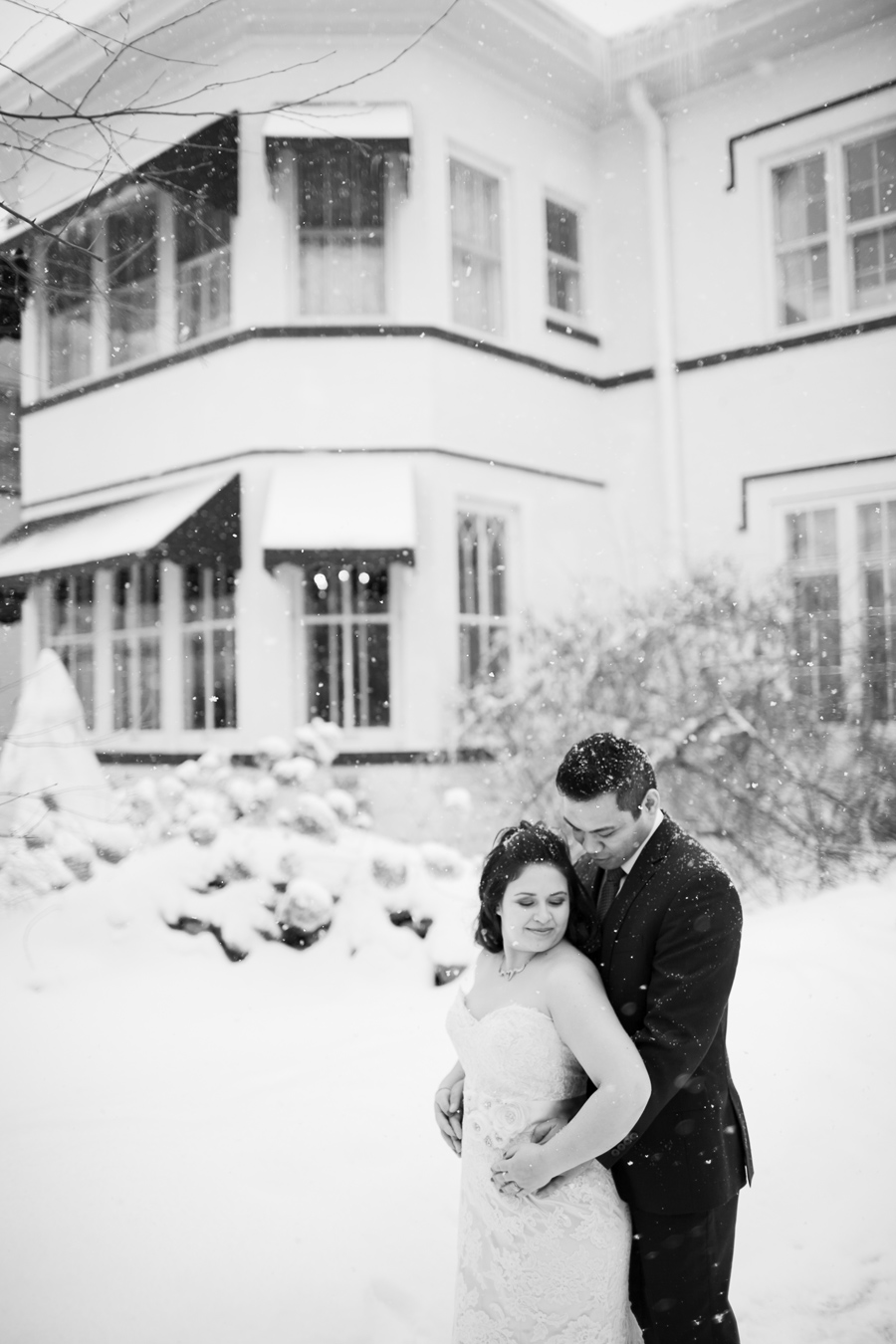 Chicago Winter Wedding Photographer