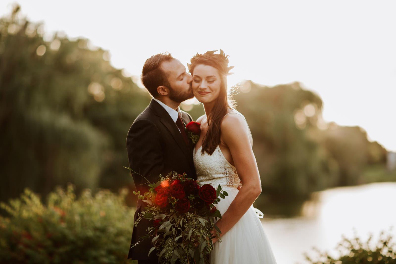 Michigan Outdoor Wedding Photographer