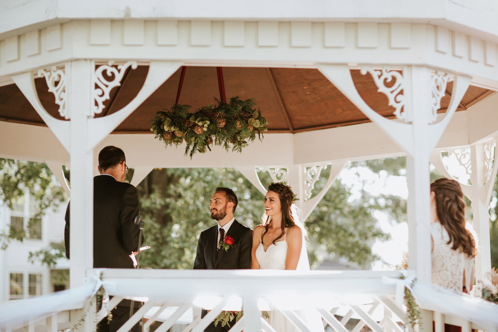 Outdoor wedding ceremony photography