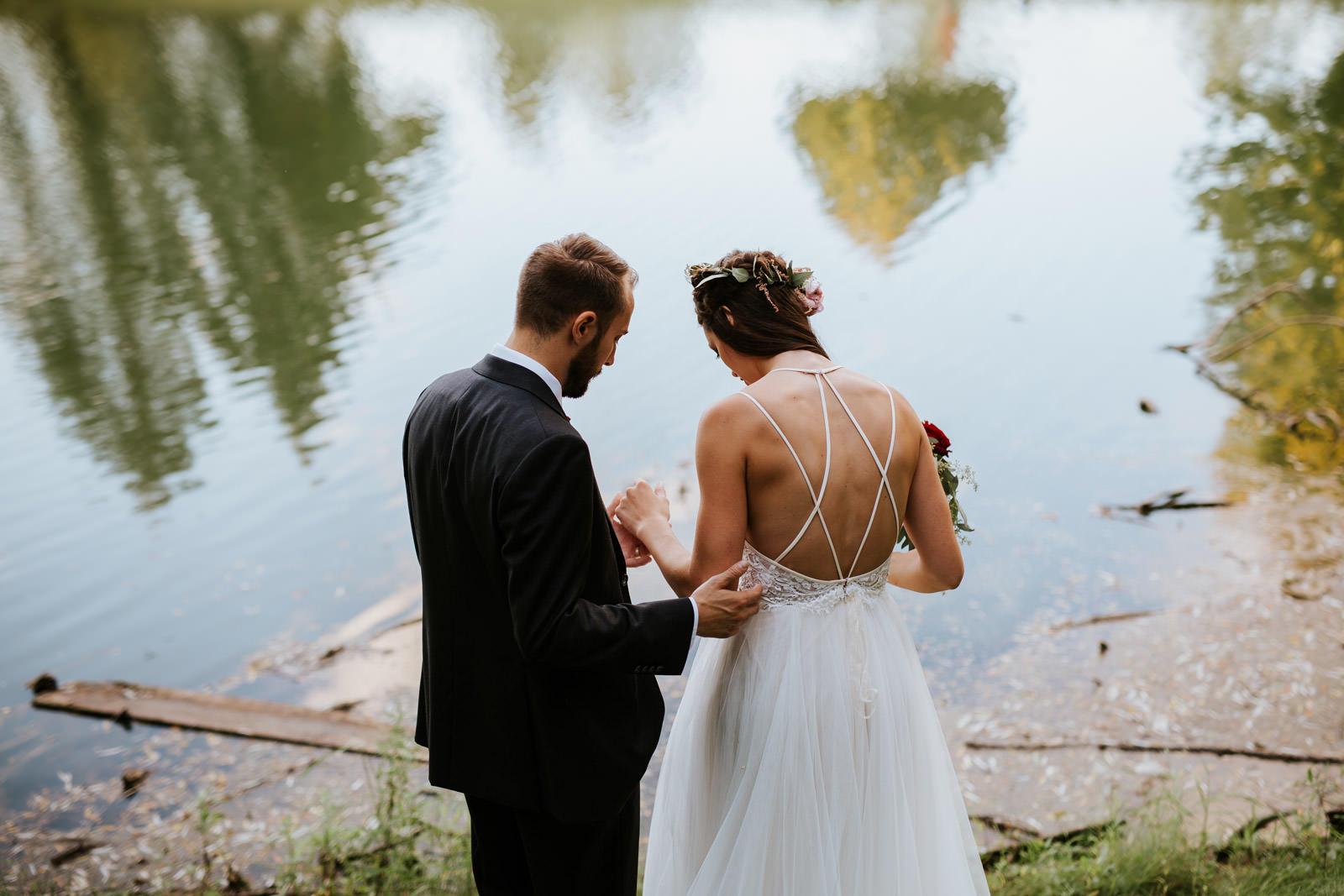 Outdoor destination wedding photographer