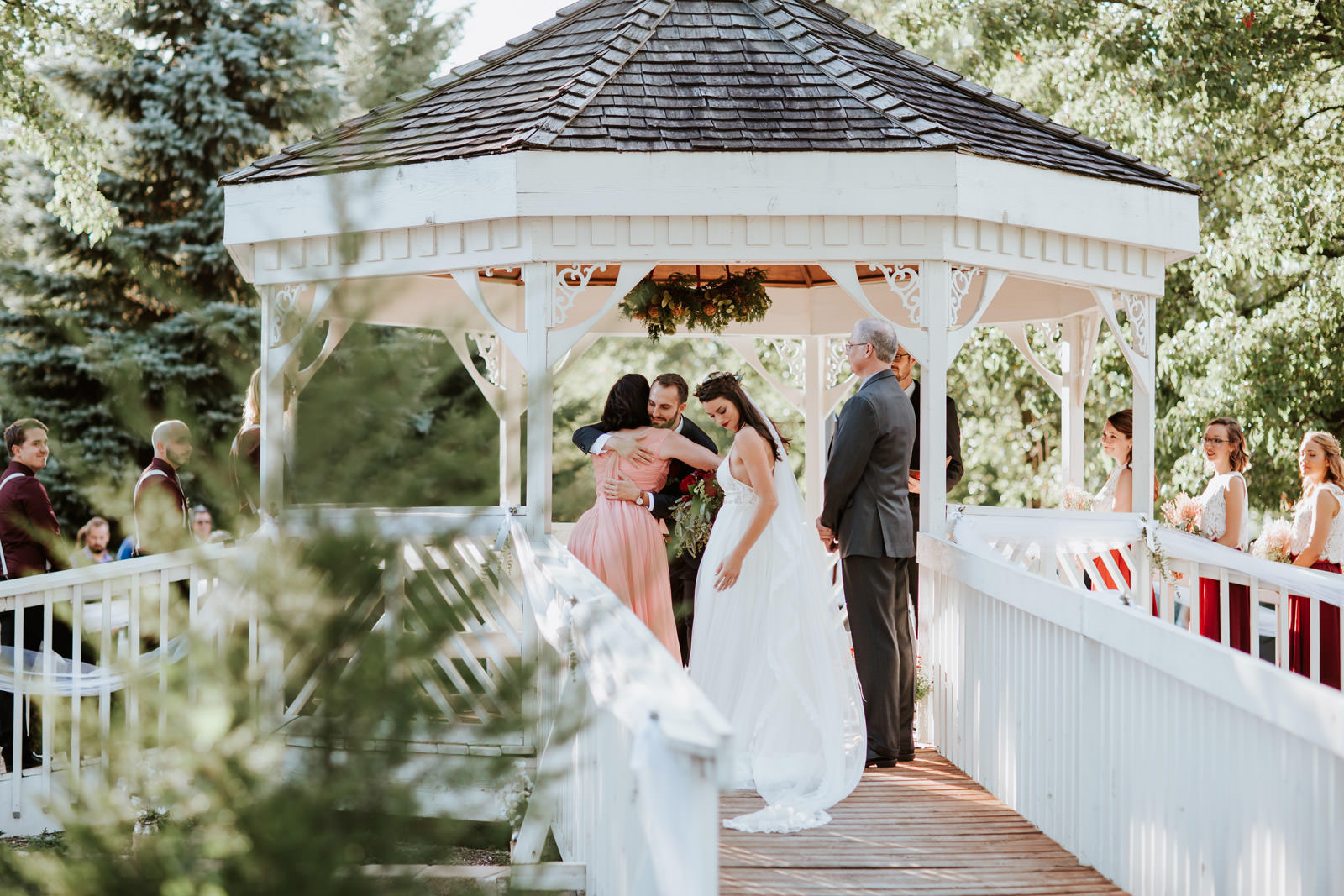 backyard wedding ceremony pictures