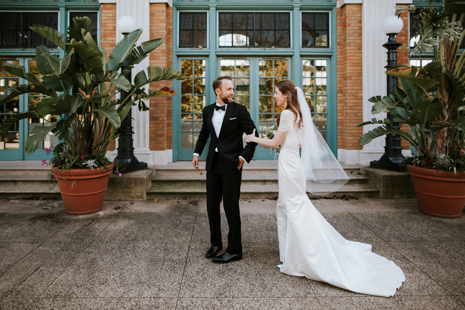 Columbus Park Refectory wedding pictures