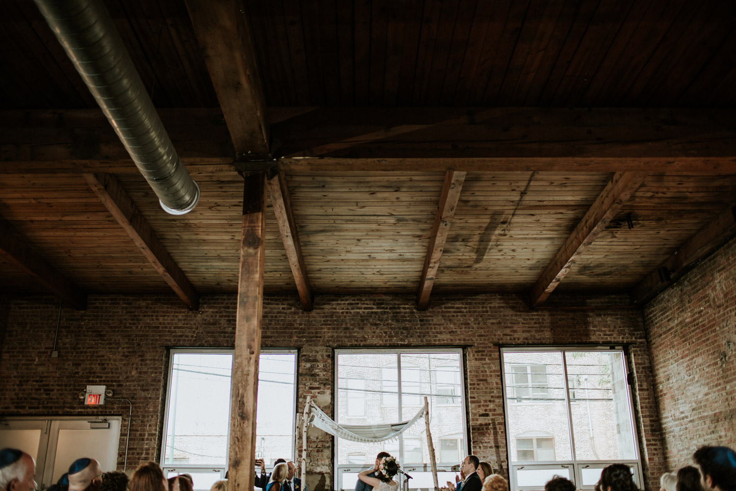 Modern Jewish wedding ceremony in Chicago