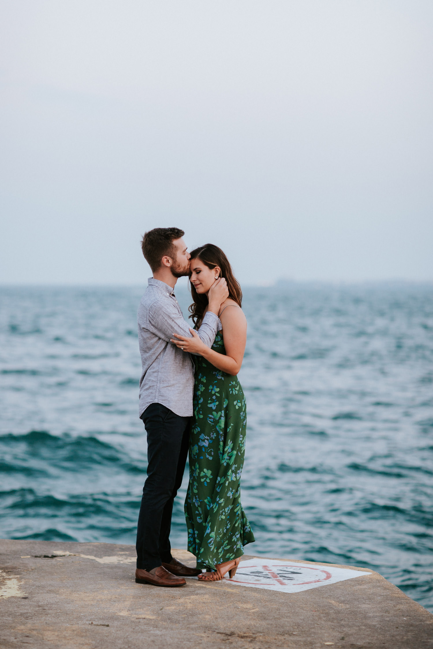 lincoln park engagement session by lake michigan in Chicago