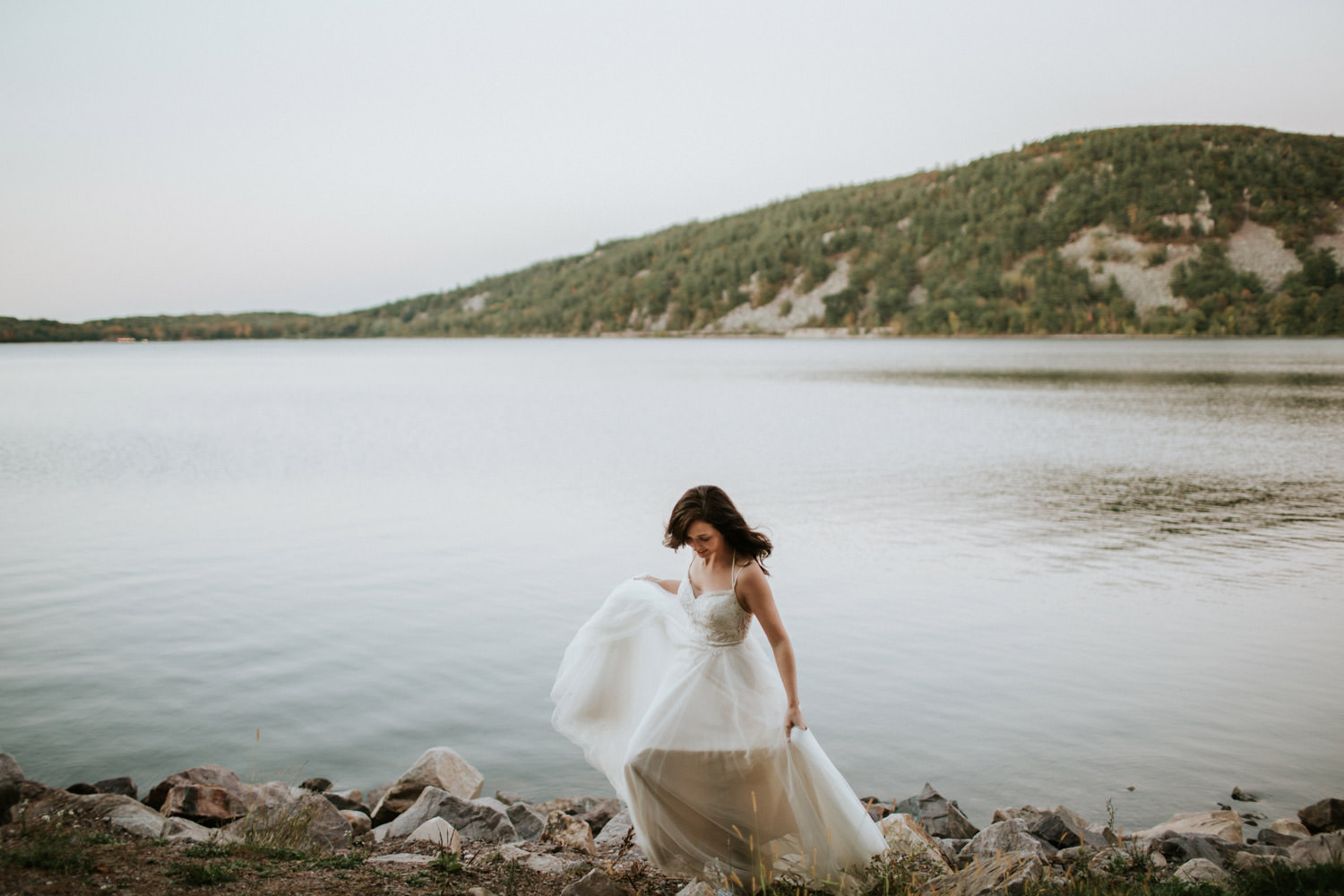 portrait of the bride at the devil's lake state park