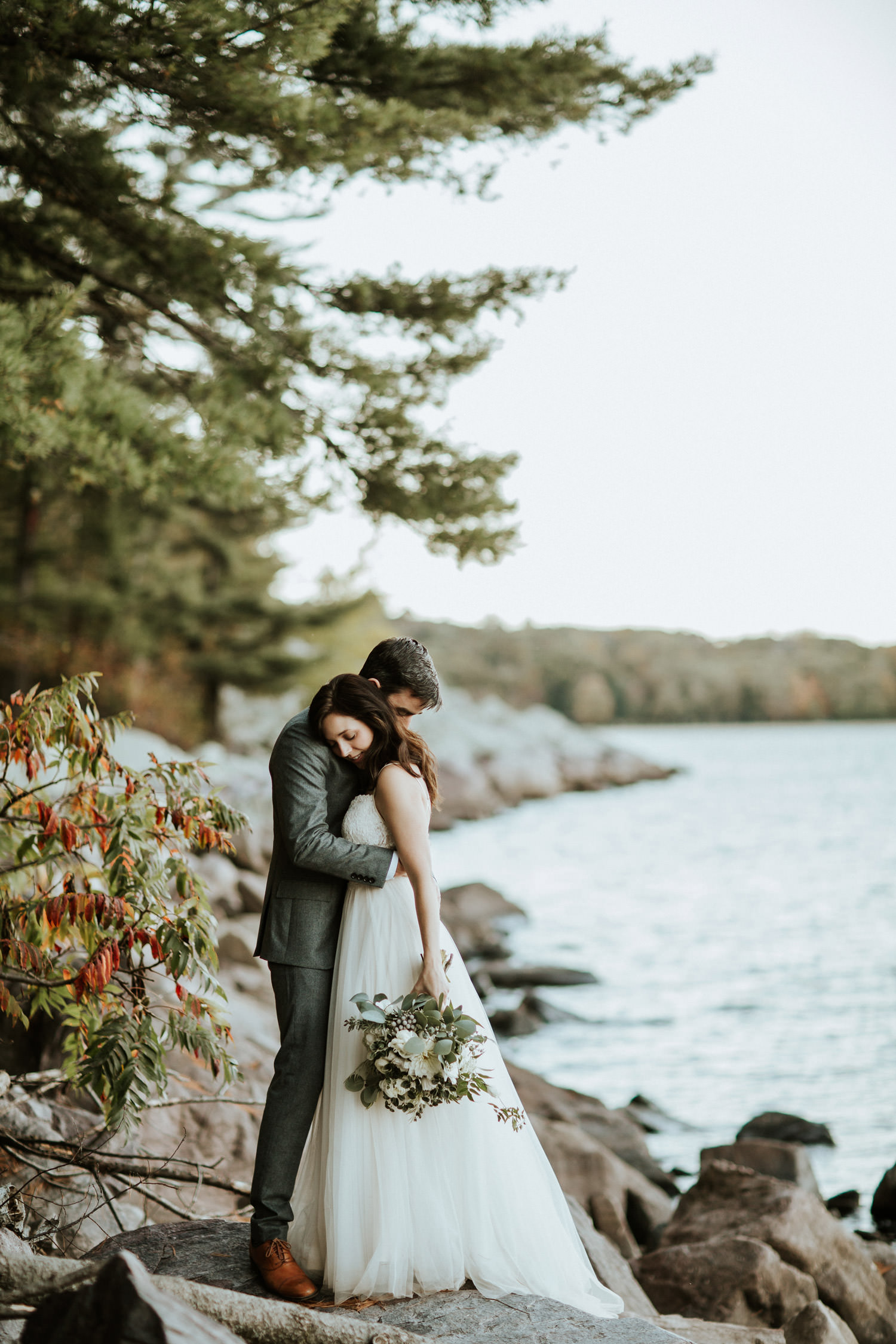 picture of the wedding at the devil's lake state park