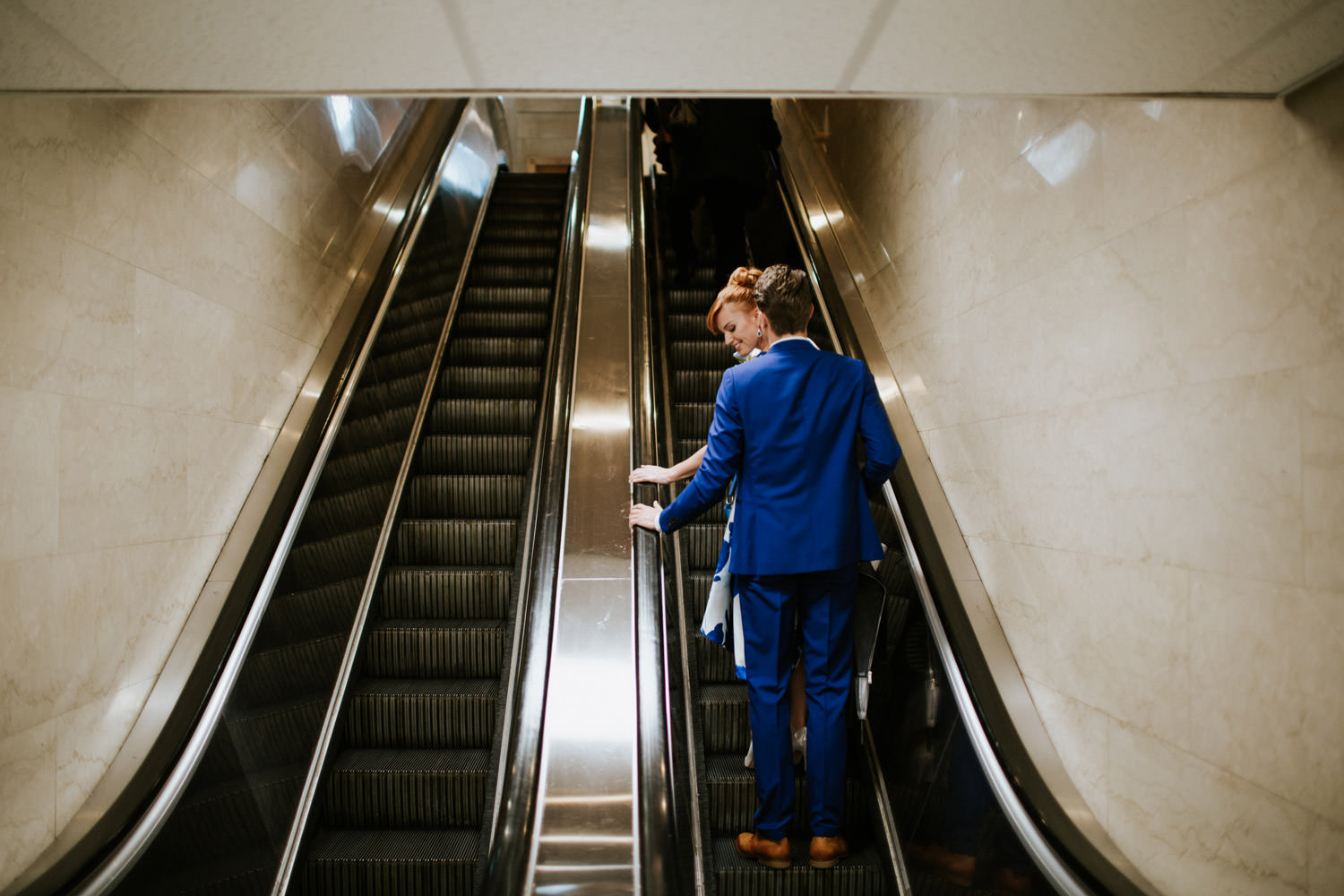 newly weds take the escalator in Chicago civil court