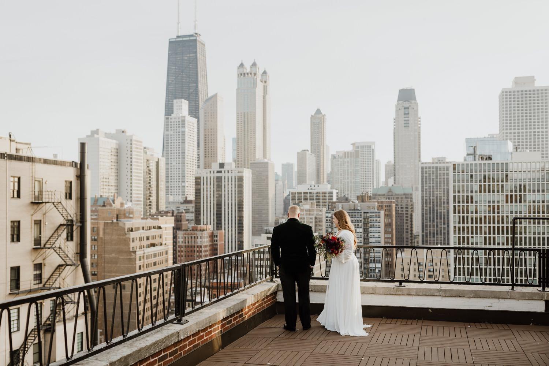Chicago winter elopement photos