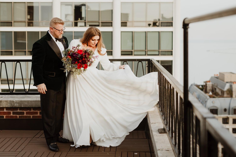 Chicago winter elopement photographer