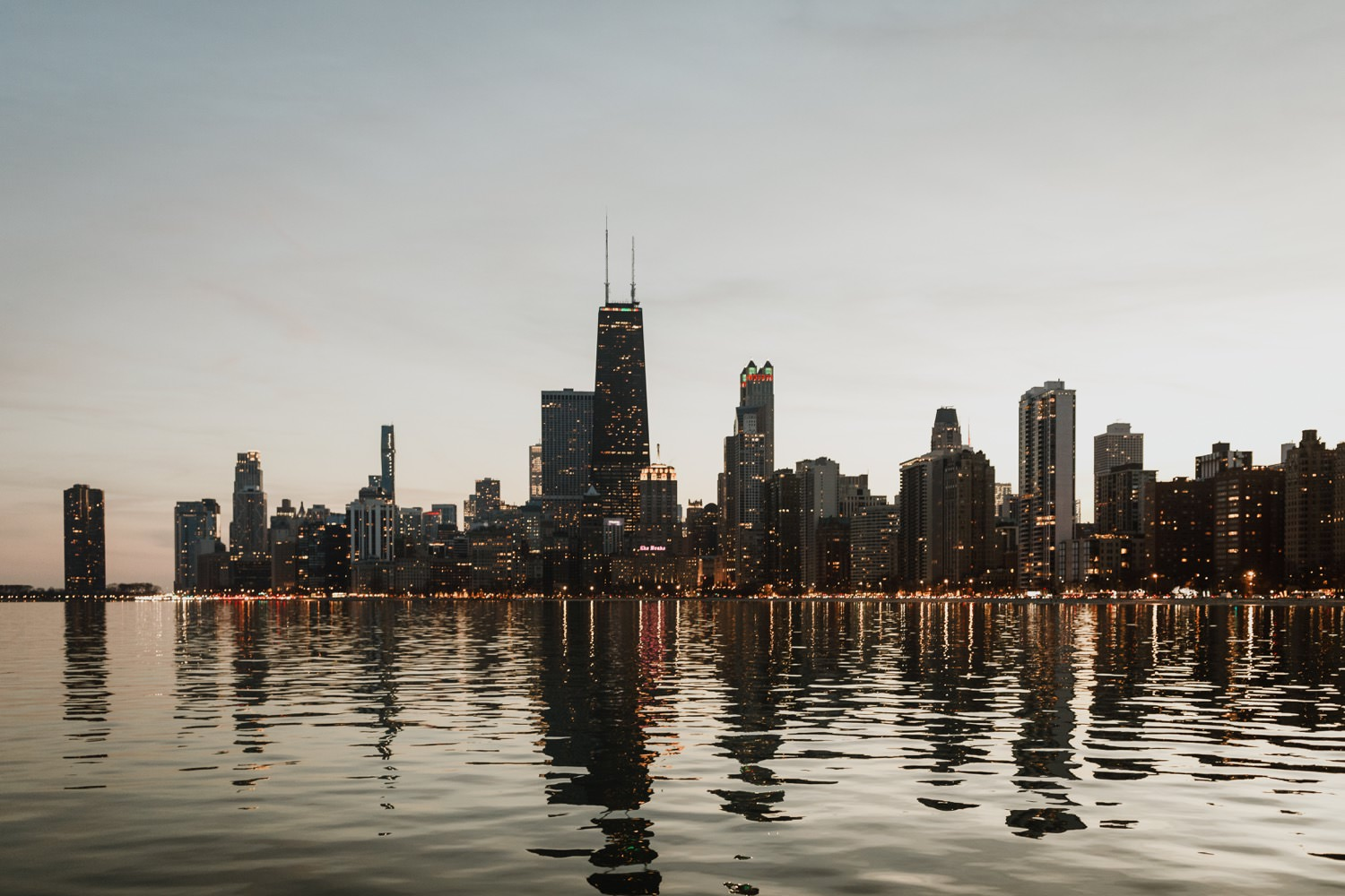 view of Chicago down town from North Ave beach