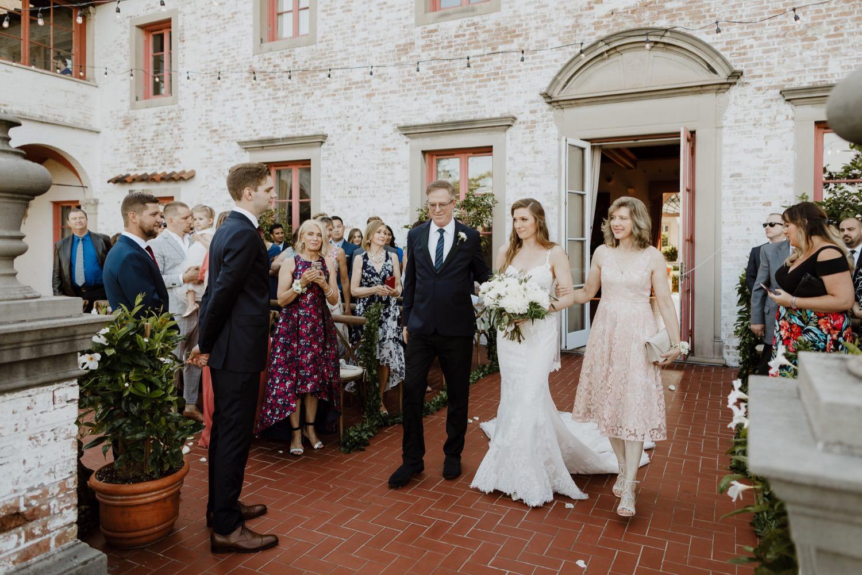 Wedding ceremony at Villa Terrace in Milwaukee